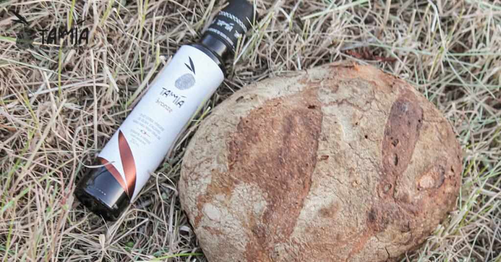 olio di oliva Tamia con proprietà benefiche per la salute